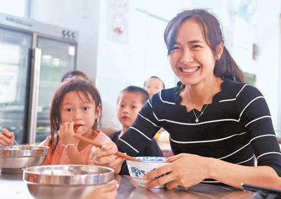 湖南通道 不断创,新农村教师补充机制,充实农村中小学校教师队伍