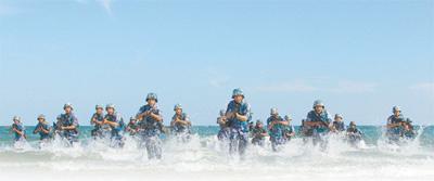火蓝刀锋锻造新质战力(国防视线)