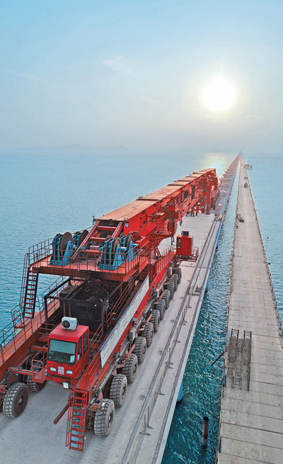 跨海高铁智能架梁