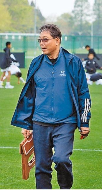 为了中国足球,还想再干10年(关注深耕基层的老教练①)