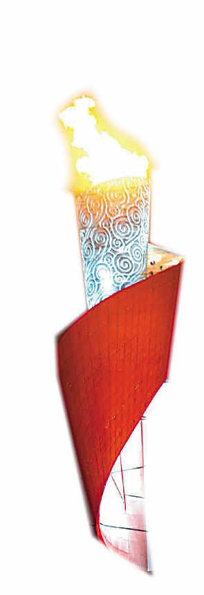 """火炬塔主体结构也开始在空中出现晃动,几次与""""鸟巢""""的结构钢梁""""擦身"""