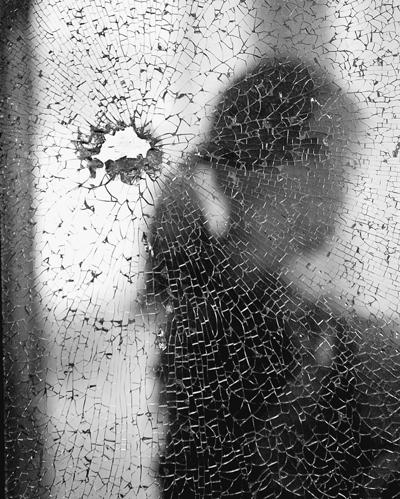 在抑郁症患者眼中,整个世界就像是蒙上了一层黑纱
