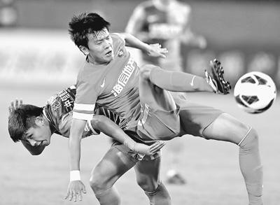 足协杯决出四强半决赛国安VS恒大阿尔滨VS人和--体育--人民网
