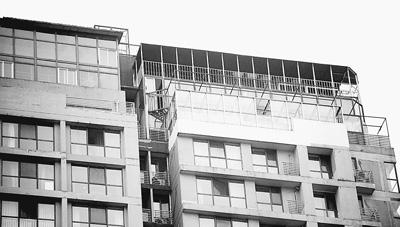 北京一社区私搭乱建严重:210平米房被隔成20间