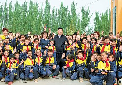 习近平总书记在新疆考察工作