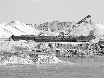 """埃及政府推出""""苏伊士运河走廊""""规划等一批关系国计民生的重点项"""