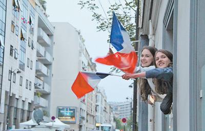"""渴望变革,法国选择""""前进""""(国际视点)"""