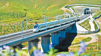内蒙古驶入高铁时代 未来呼和浩特至京3小时内到达