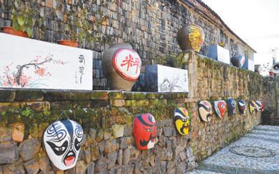 去年国庆长假,平均每天500人次的客流涌进浙江新昌县东茗乡后岱山村