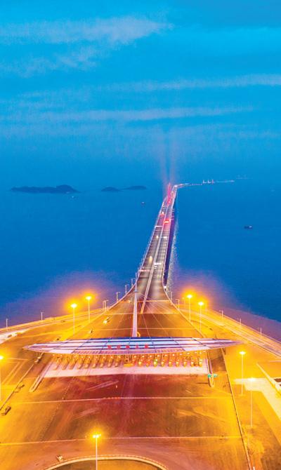 港珠澳大桥主体工程6日验收交付―― 超级工程 超乎想象