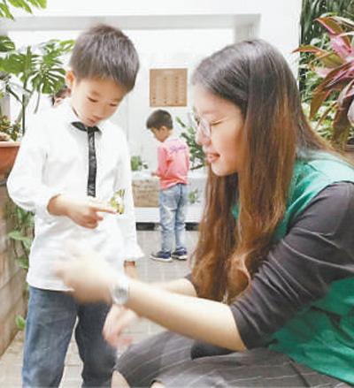 上海科技馆志愿者服务总队:爱心讲解 播撒知识