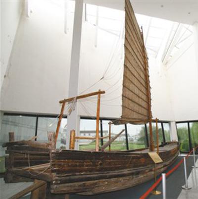 厉害了我的国:从渡江小木船到现代化舰队 人民海军从这里走来