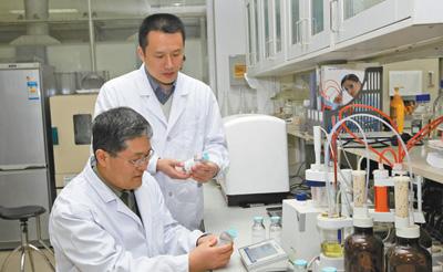 李松:铸造医学坚盾 敢为科技先锋  又一次创造奇迹