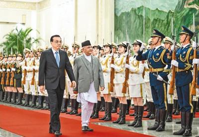 李克强同尼泊尔总理奥利举行会谈
