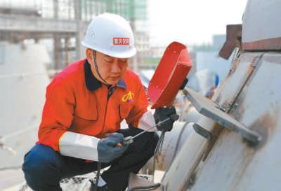 重庆高级焊接技师杨波:九十八分才是及格分