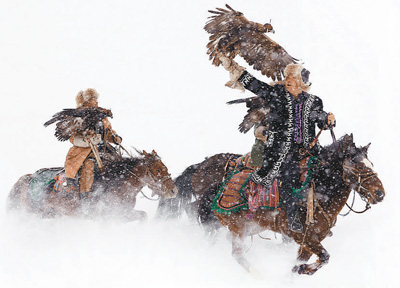 新疆伊犁:冰雪旅游火起来