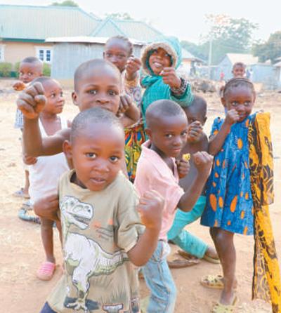 1000个村庄迎来卫星数字电视