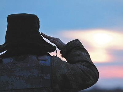 举国同庆的节日里,他们时刻坚守战位 边疆有我,安心团聚