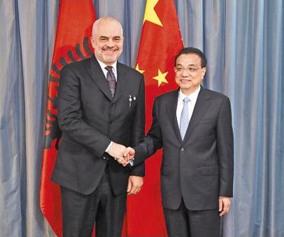 李克强分别会见斯洛伐克总理佩列格里尼、阿尔巴尼亚总理拉马、波兰总理莫拉维茨基