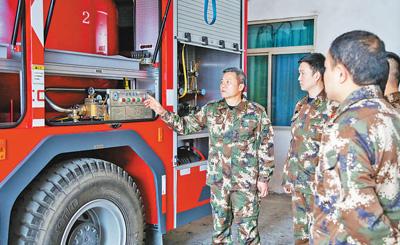 重庆有支消防队 68人中有67人是退役军人