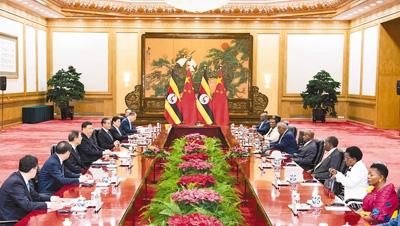 习近平同乌干达总统穆塞韦尼会谈