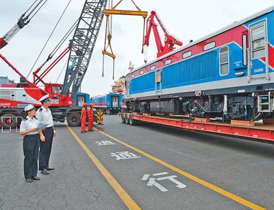 中车四方股份有限公司累计出口斯里兰卡390辆内燃动车组