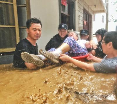 """众志成城迎战台风""""利奇马"""""""