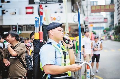 """香港警察""""精气神""""哪里来(港澳在线)"""