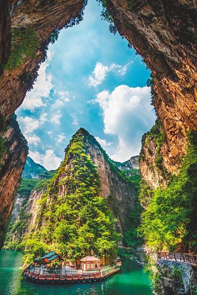 壶关一中图片_太行山大峡谷几月去好-长治大峡谷住宿,太行山大峡谷好玩么 ...