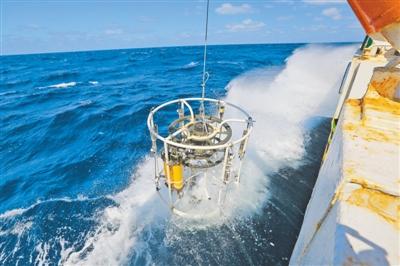"""""""透明海洋""""工程,通过立体观测系统,获取海洋环境综合信息 两千米下深海 照样看得透(厉害了,中国科技)"""