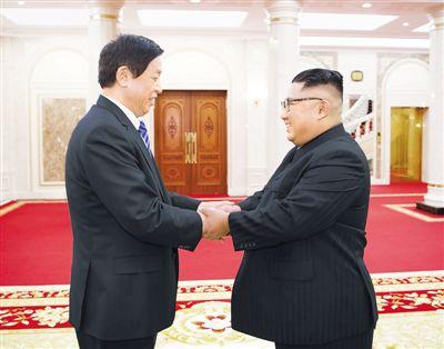 栗战书会见金正恩转交习近平总书记亲署函