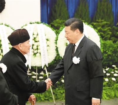 铁木尔·达瓦买提同志遗体送别在京举行