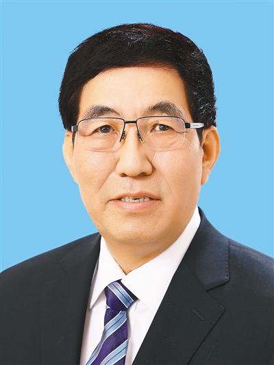 """人民日报整版谈""""稳步推进平安中国建设"""""""