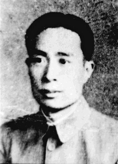 铁骨柔情视死如归(为了民族复兴・英雄烈士谱)