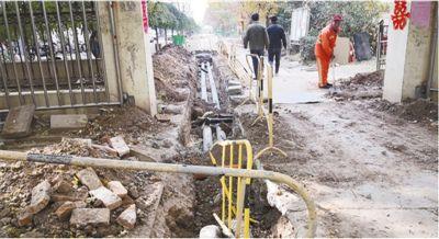 一次小区改造道路开挖三次(曝光)