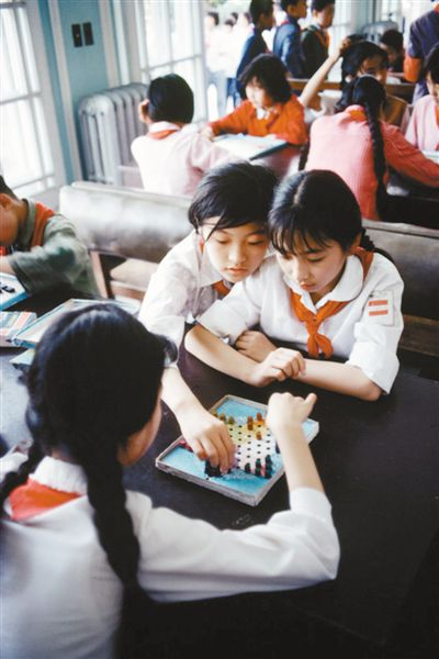 用镜头讲述多彩自信的中国故事(海客谈神州)