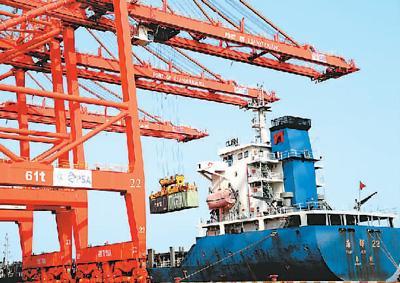 8月中国外贸进出口2.88万亿元人民币 比去年同期增长6%