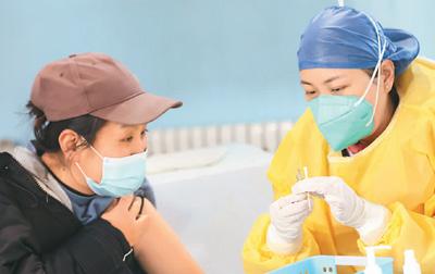 全球多国欢呼:中国新冠疫苗来了!(国际论道)