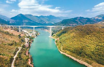 云南省16个州市全部通高速公路
