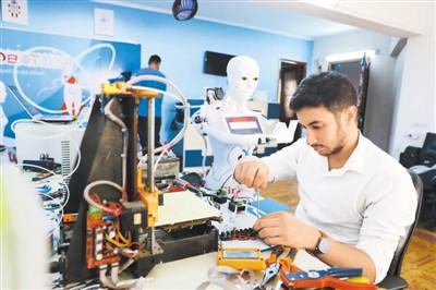埃及:机器人助抗疫