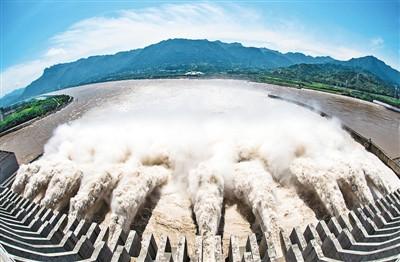 三峡工程,今夏这样拦洪削峰