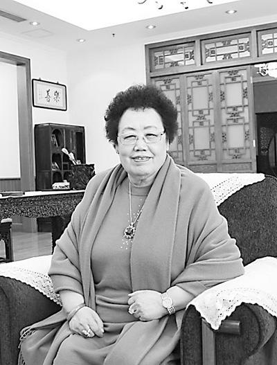 陈丽华 让中国紫檀文化走向世界