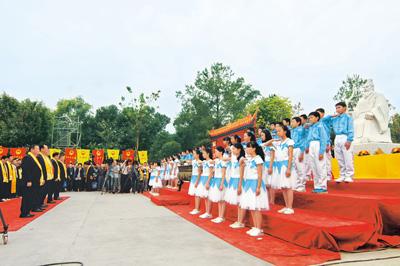 全球近亿人口都姓张 - 人在上海    - 中華日报Chinadaily