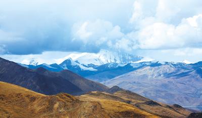 西藏:保护高原纯生态 七成土地不开发