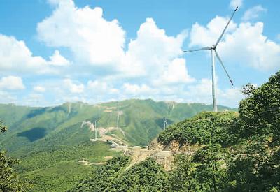 日前,位于江西省吉安市泰和县山地风电项目全部投入正常运行.