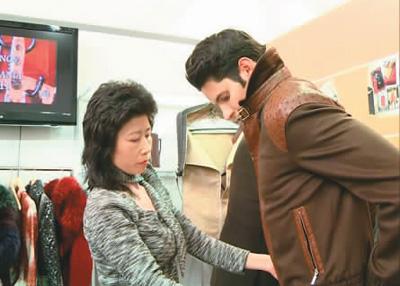 意大利版报道,意大利中意企业联盟主席,意大利知名华人设计师徐月娟