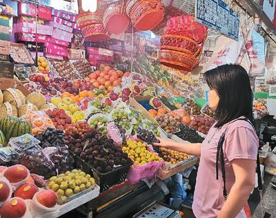 近期水果价、肉蛋价上涨 短期波动对餐桌影响不大