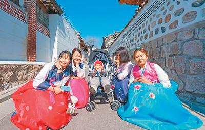 中国人出境游越来越有个性(专家解读)