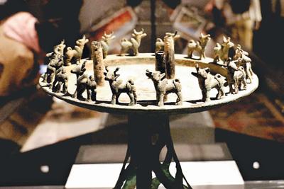 七十件新疆文物精品在北京大学展出