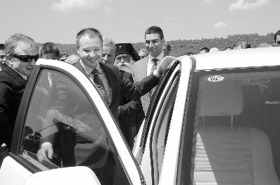 长城汽车生产厂落户保加利亚高清图片